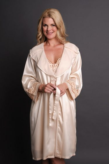 Reflection Satin Robe Set Cream