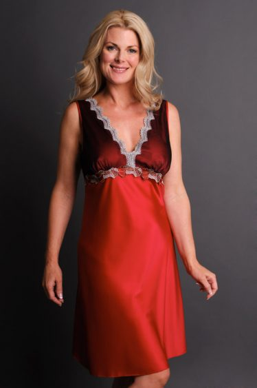 Impulse Satin Nightgown Red