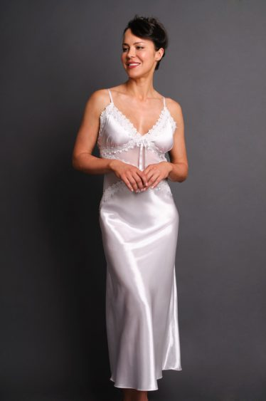 Chandelles Long Nightgown White