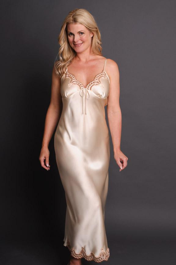 e6e997f22b5 Anais Long Silk Nightgown Cream
