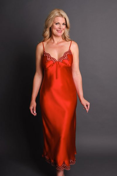 Anais Long Silk Nightgown Red