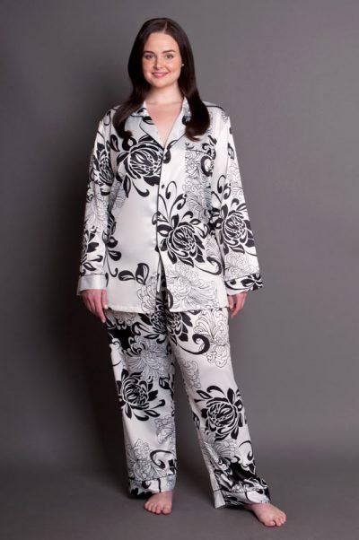 Paris Noir satin plus size pyjamas