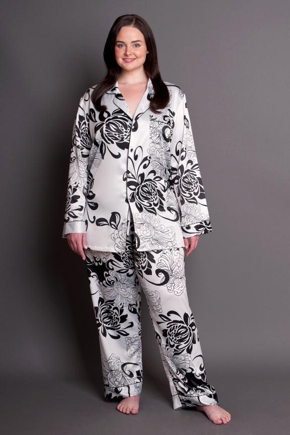 9920126b9aa Paris Noir Satin Pyjamas Plus Size