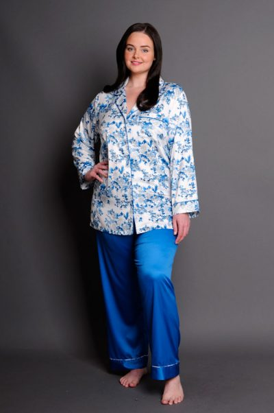 Capri satin plus size pyjamas Royal Blue Print