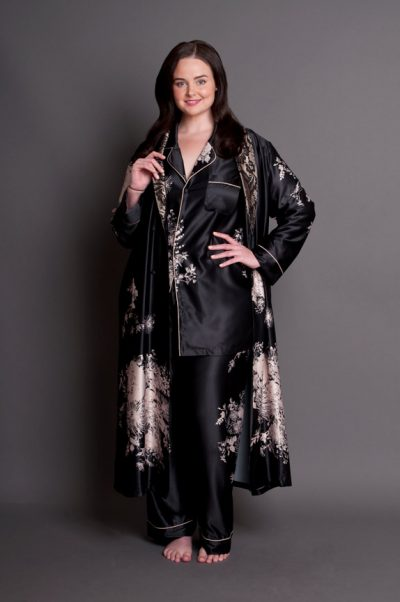 Angelique plus size robe and plus size pyjamas set