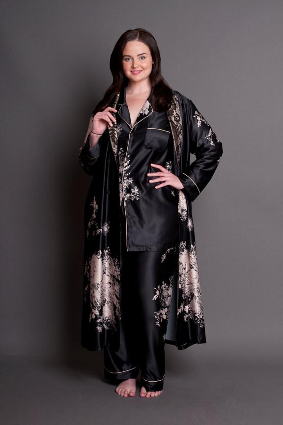 ... Angelique plus size robe and plus size pyjamas set innovative design  b29a2 4a0b0  Womens Plus Size Fleece Warm ... 8198c9efb