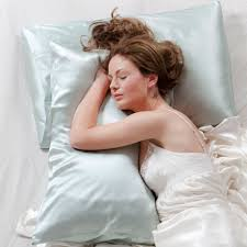 Silk Pillowcases Can Make You Look Younger!
