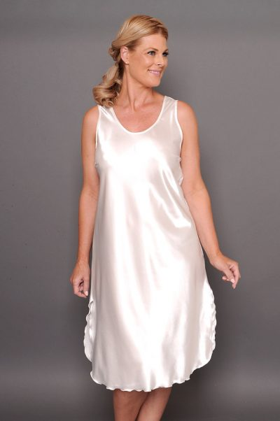 Georgia satin calf nightie ivory