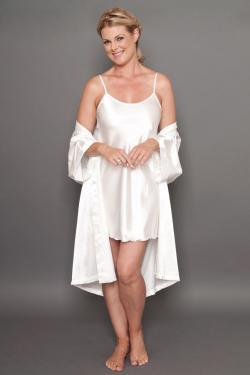 Bella satin short robe ivory open