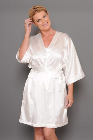 Bella satin robe ivory