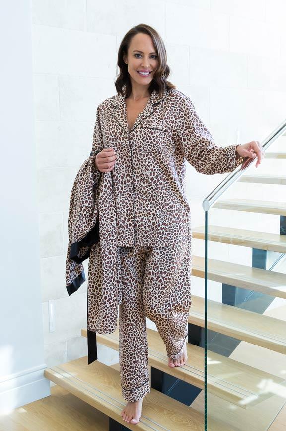 rapture pyjamas standing