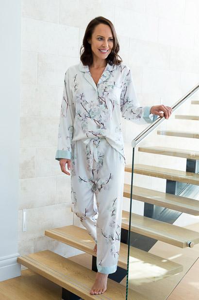 elise satin pyjama set